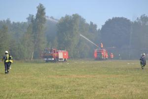 120 Einsatzkräfte löschen Moorbrand